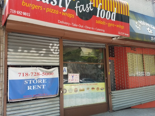Empty_fastfood